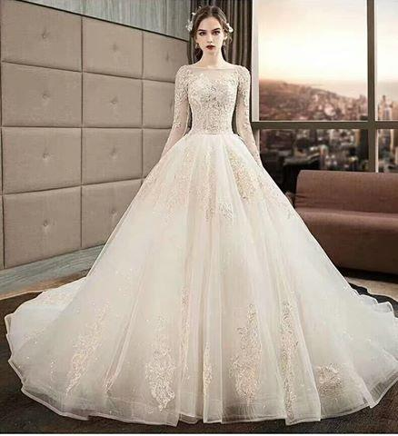 960a581c455 wedding dress - Addis Ababa